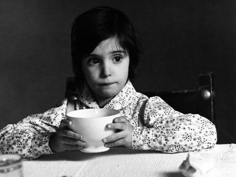 The Spirit Of The Beehive, (aka El Espiritu De La Colmena), Ana Torrent, 1973 Photo