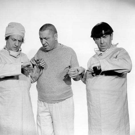 The Three Stooges: Hey Moe! I Got No Pulse! Photo