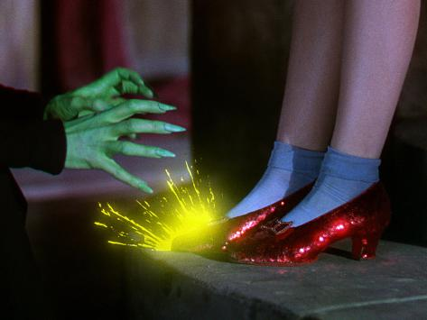 The Wizard of Oz, from Left: Margaret Hamilton, Judy Garland, 1939 写真