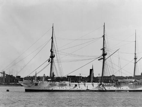 The Yantic, U.S.S. Foto