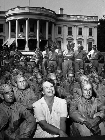 First Lady Eleanor Roosevelt with a Large Group of US Soldiers Photographic Print