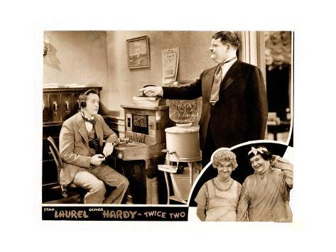 Twice Two, Stan Laurel (Left, Front and Back), Oliver Hardy (Right, Front and Back), 1933 Lámina giclée