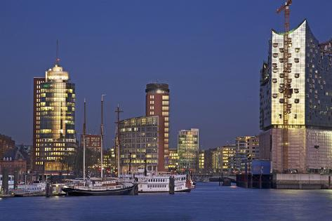 Evening View over the Elbe on Hanse Trade Centre and the Elbphilharmonie Photographic Print