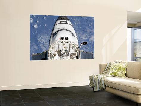 View of space shuttle endeavour 39 s crew cabin and forward for Bay view wall mural