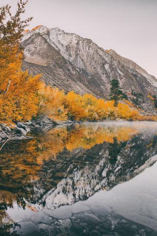 Autumn Reflection at Convict Lake, Eastern Sierras, California Seinämaalaus