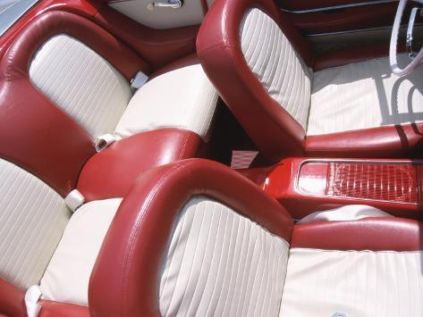 vintage red and white leather interior of car impress o fotogr fica na. Black Bedroom Furniture Sets. Home Design Ideas