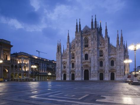 Lombardy, Milan, Piazza Del Duomo, Duomo, Cathedral, Dawn, Italy Photographic Print