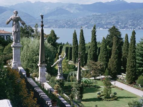 Isola Bella, Completed in 1670 for Count Borromeo, Lake Maggiore, Piedmont, Italy Photographic Print