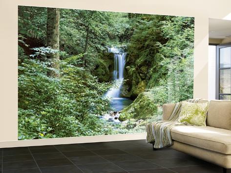 Waterfall in Spring Huge Wall Mural Art Print Poster Mural de papel de parede