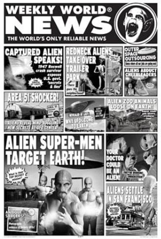 Weekly World News (Aliens) Art Poster Print Poster