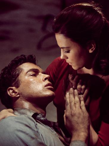 West Side Story, Richard Beymer, Natalie Wood, 1961 Photo