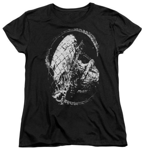 Womans alien vs predator hunted t shirts su for Attack of the 50 foot woman t shirt