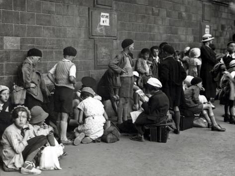 Young Parisians Leaving for the Cantal Département (1935) Photographic Print