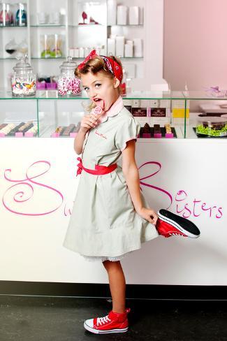 オールポスターズの yvette leur 1950 s candy girl 写真プリント