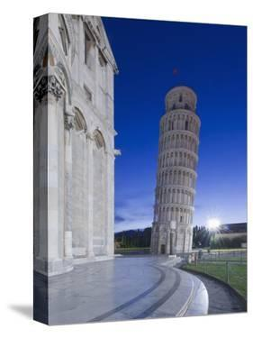 Leaning Tower of Pisa at Dawn, Pisa, Italy by Rob Tilley
