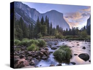 Early Sunrise, Yosemite, California, USA by Tom Norring