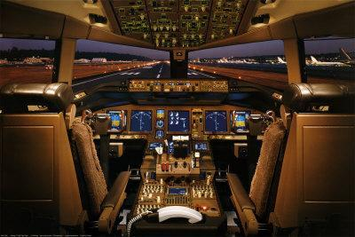 Boeing 777-200 Flight Deck