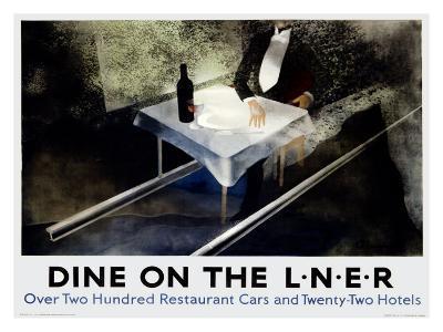 Dine on the Liner