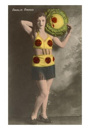 Amalia Amado, Lady in Costume