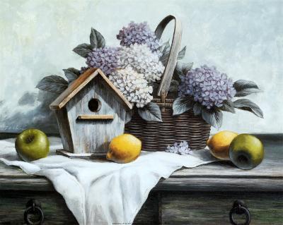 Birdhouse, Hydrangea, Apple