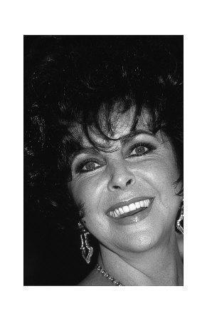 Elizabeth Taylor, All Smiles
