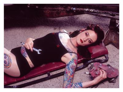 Pin-Up Girl: Garage Creeper Tattoo