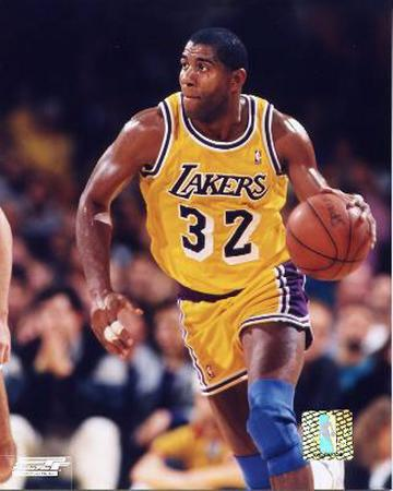 Magic Johnson - Ball in left hand