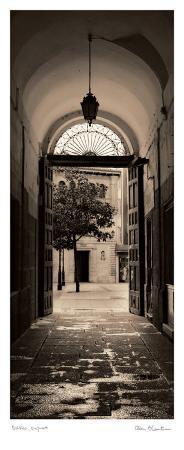 Portico, Espana