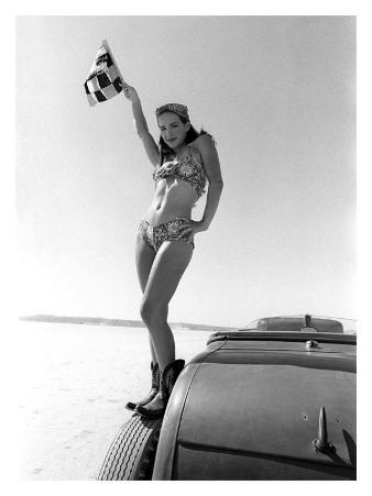 Pin-Up Girl: Bonneville el Mirage