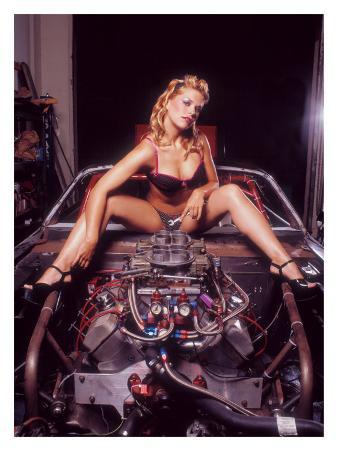 Pin-Up Girl: V8 Engine