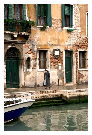 Nun, Venice