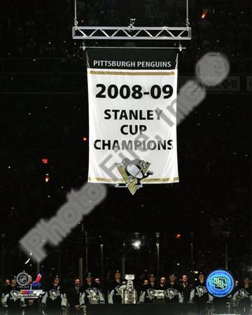 The Pittsburgh Penguins raise their 2008-09 Stanley Cup Champions Banner