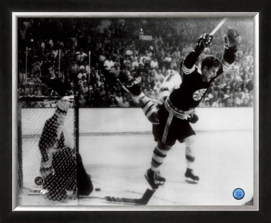 Bobby Orr Framed Photographic Print At Allposters Com