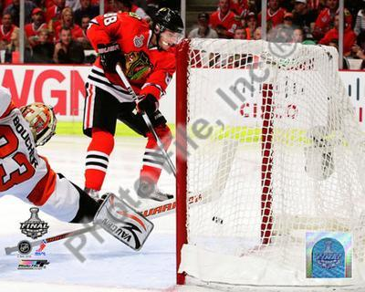 Patrick Kane Game Five of the 2010 NHL Stanley Cup Finals Goal