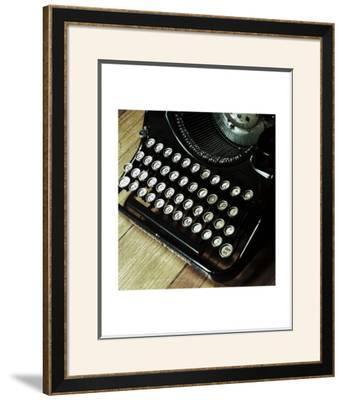 American Antiques: Typewriter