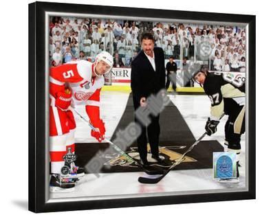 Mario Lemieux Ceremonial Puck Drop Game Three of the 2009 NHL Stanley Cup Finals
