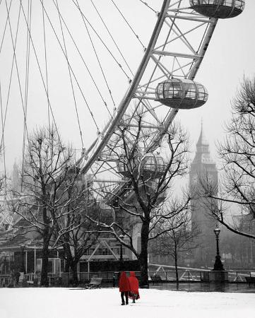 Snow on the South Bank (London)