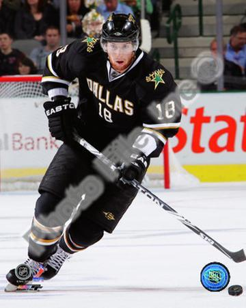 James Neal 2010-11 action