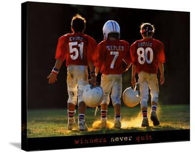 Winners Never Quit - Football