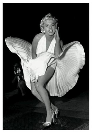 Marilyn Monroe - Dress - 3D Poster