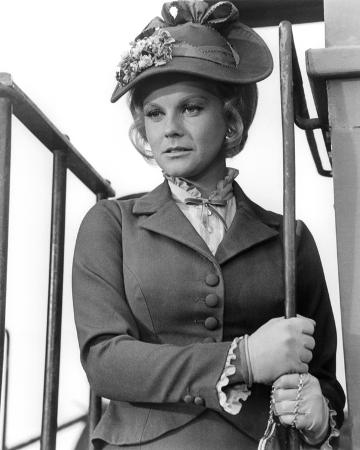 Ann-Margret - The Train Robbers