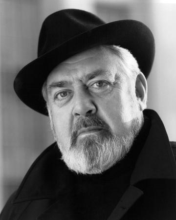 Raymond Burr - Perry Mason: The Case of the Lady in the Lake