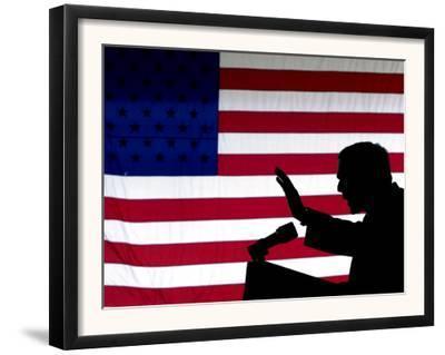 President Bush Speaks in Favor of Republican Gubernatorial Candidate Van Hilleary