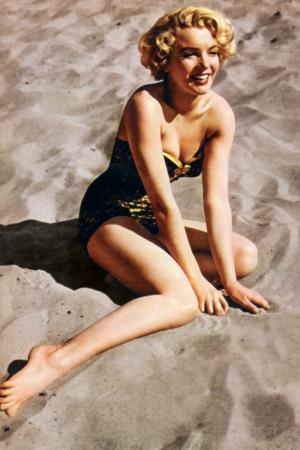 Marilyn Monroe-Beach