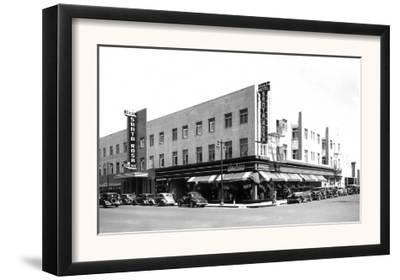 Exterior View of the Hotel Santa Rosa - Santa Rosa, CA