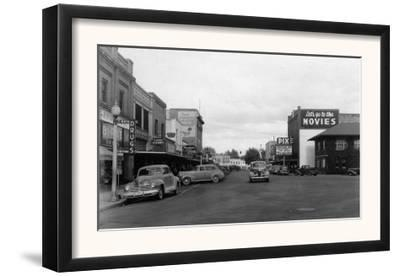 Street Scene, Let's Go to the Movies Sign - Toppenish, WA
