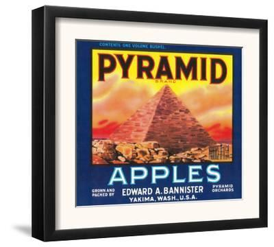 Pyramid Apple Label - Yakima, WA