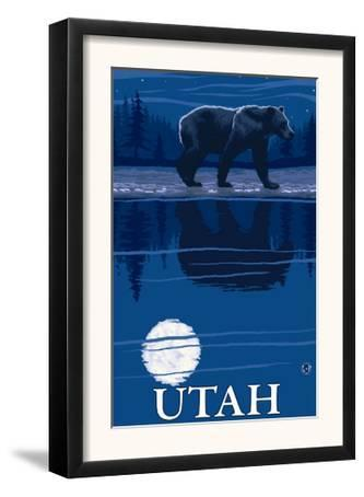 Bear in Moonlight - Utah