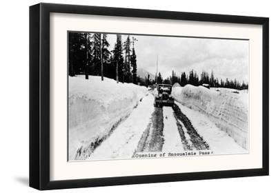 Snoqualmie Pass, Washington, View of Model-T Braving a Snowy Snoqualmie Pass