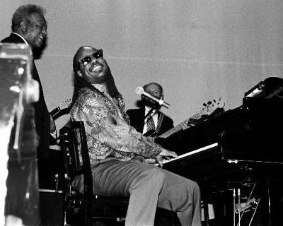 Stevie Wonder, Robert Jr. Whitall, 1993, State Theatre, Detroit, Michigan